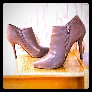 Limelight Grey heel booties size 8.5US